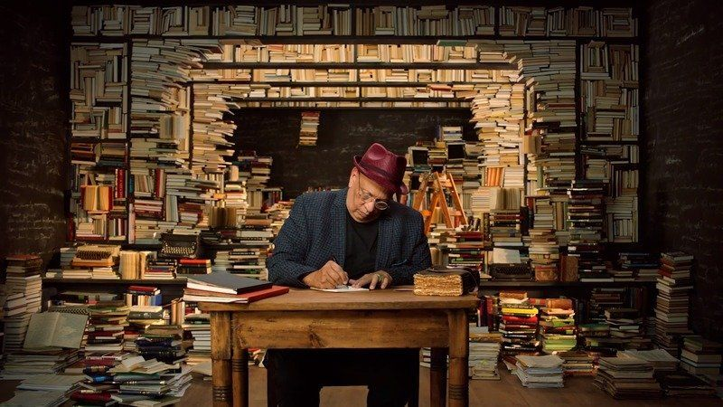 Walter Mosley Teaches Fiction and Storytelling